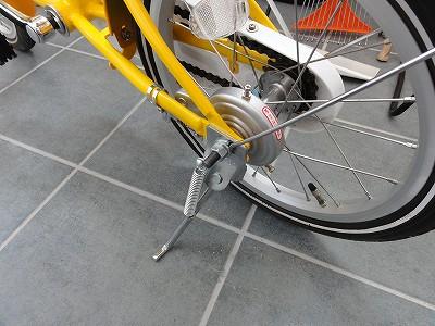 ベネッセ しまじろう自転車 スタンド取付
