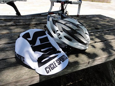 Las Victory と CYCLE SPORTS サイクルキャップ