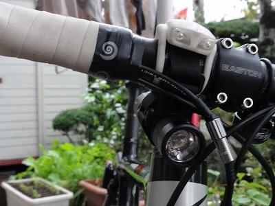 サイクルツアー北九州に向けてライト取り付け