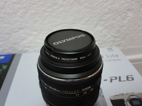 オリンパス 14-42mm F3.5-5.6 Ⅱ R プロテクター レンズキャップ