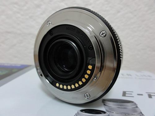 オリンパス M.ZUIKO DIGITAL 17mm F1.8 後面