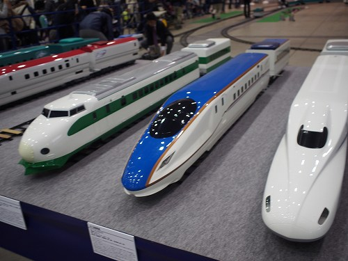 歴代の新幹線 200系 E7系かがやき 鉄道ひろば in 北九州2016