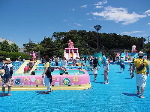 ハーモニーランド スプラッシュアイランド プール 夏季限定 すべり台